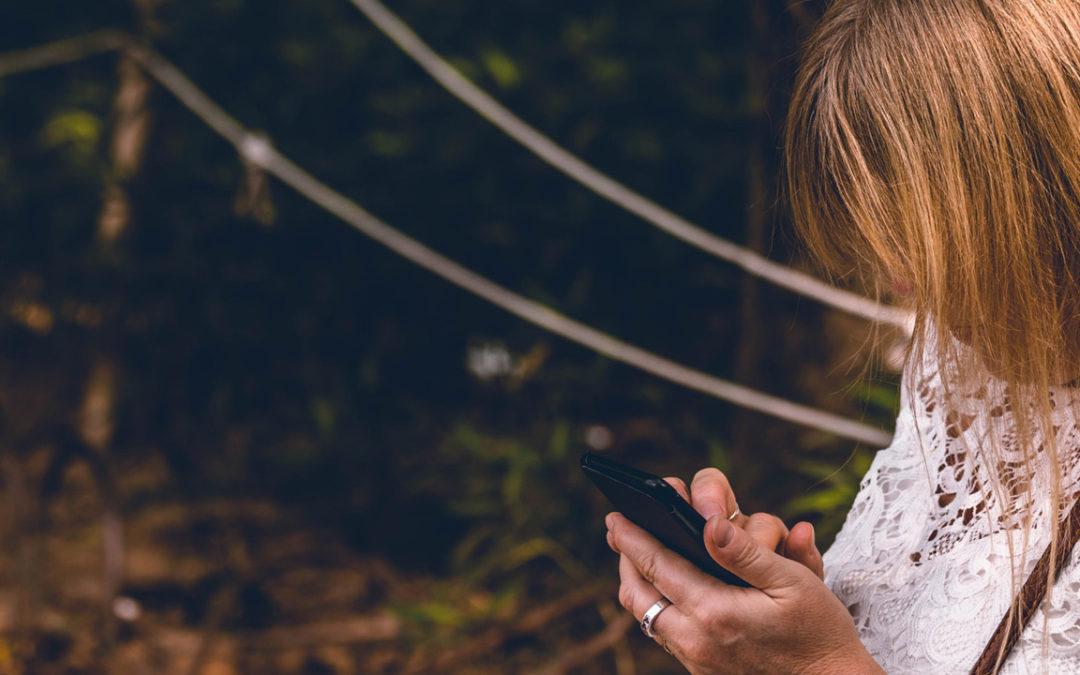 « Combien de fois avez-vous parlé à votre enfant aujourd'hui ? », ou quand la « technoférence » parentale nuit au développement du tout-petit